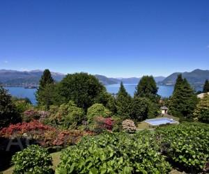Stresa collina Villa con piscina, parco secolare e Vista Lago - Rif: 194