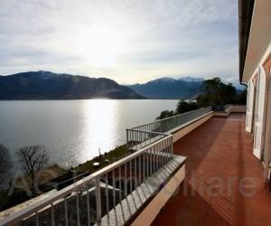 OPZIONATO - Verbania Attico con grandi terrazze e splendida Vista Lago - Rif:087