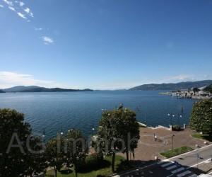 Verbania Intra Trilocale fronte lago con Vista - Rif: 025