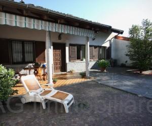 Verbania collinare casa semindipendente con giardino  -  Rif:118