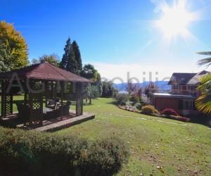 Verbania collinare villa riattata con parco e vista lago - Rif: 186