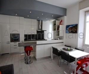 Verbania Intra centre renovated three-roomsapartment - Rif 243
